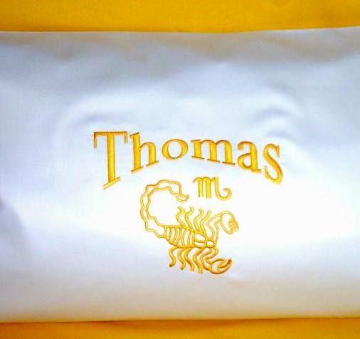 Privatkunden - Stickerei - Kissen Thomas (weiß)