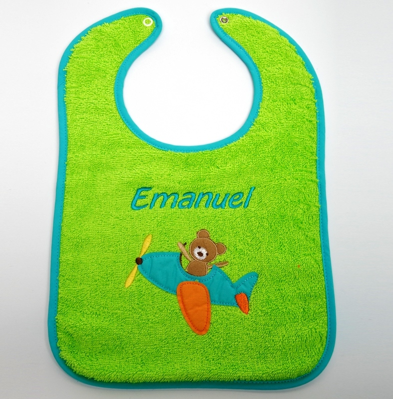 Privatkunden - Stickerei - Lätzchen Emanuel (grün)