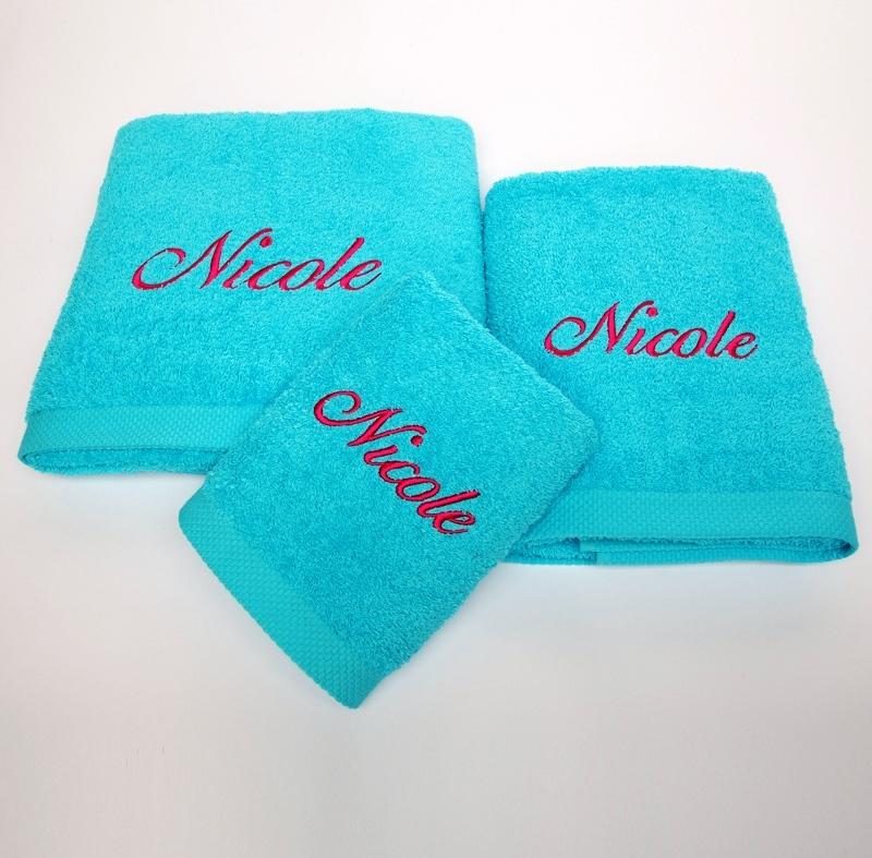 Privatkunden - Stickerei - Handtuch Nicole (türkis)